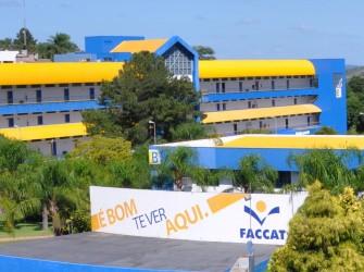 imagem do campus da Faccat