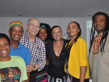 Palestrantes com membros da comunidade taquarense