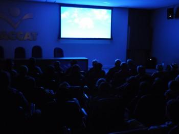 Sessão de cinema na Faccat